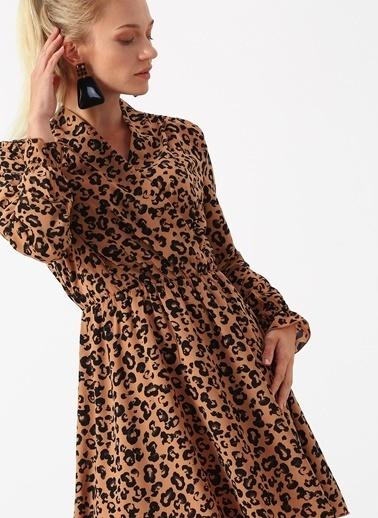 Vero Moda Vero Moda V Yaka Leopar Desenli Taba Kadın Elbise Taba